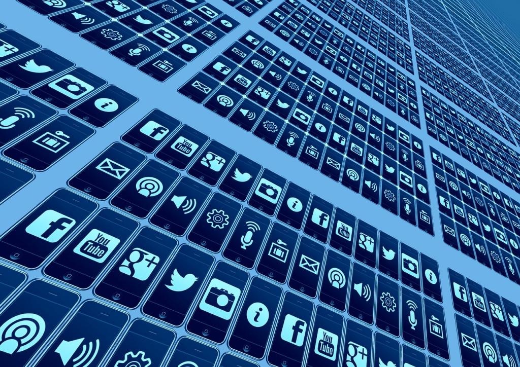 integracija online trgovine s raznim web aplikaaplikacijama i društvenim mrežama