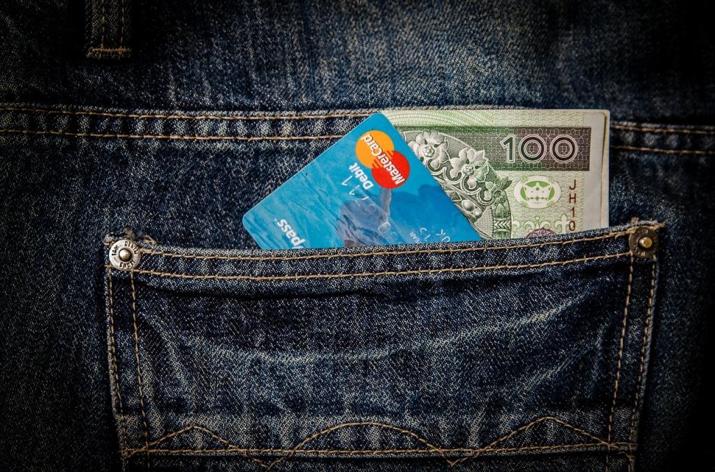 kreditne kartice i novac